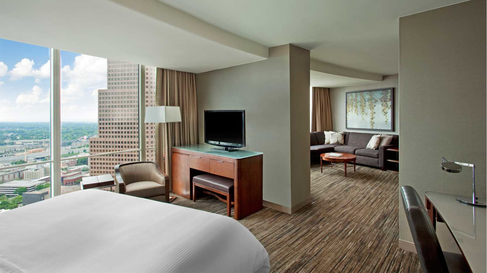 The Westin Peachtree Plaza, Atlanta - Executive Suite