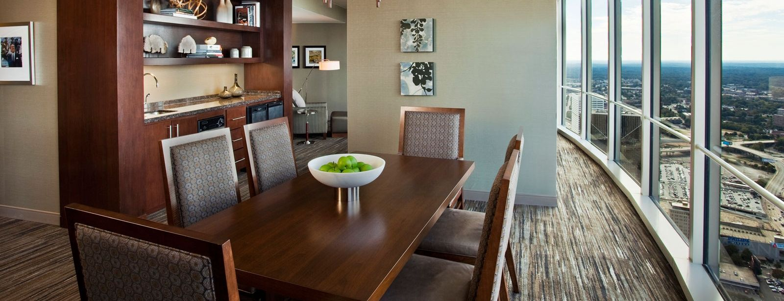 The Westin Peachtree Plaza | Suites